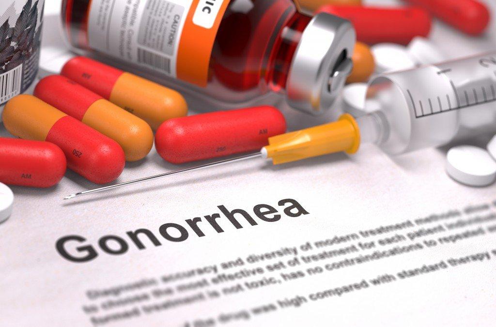 Заметили первые симптомы гонореи  - как её лечить?